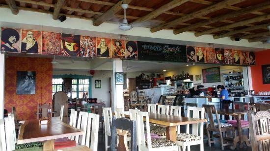 Emilios cafe manuel antonio costa rica